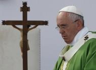 Papa expresa horror por ataque contra iglesia y asesinato de sacerdote en Francia