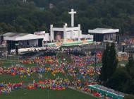 Papa: pequeño, cercano concreto, hilo divino y mariano en la historia polaca y humana