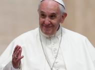 Con compañerismo y espíritu de grupo es más fácil obtener la victoria: el Papa al Villareal