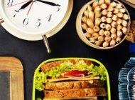 ¿Qué alimentos llevar en la lonchera?