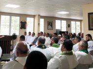 Fieles peregrinan hacia Catedral de Caguas para conmemorar natalicio del Beato